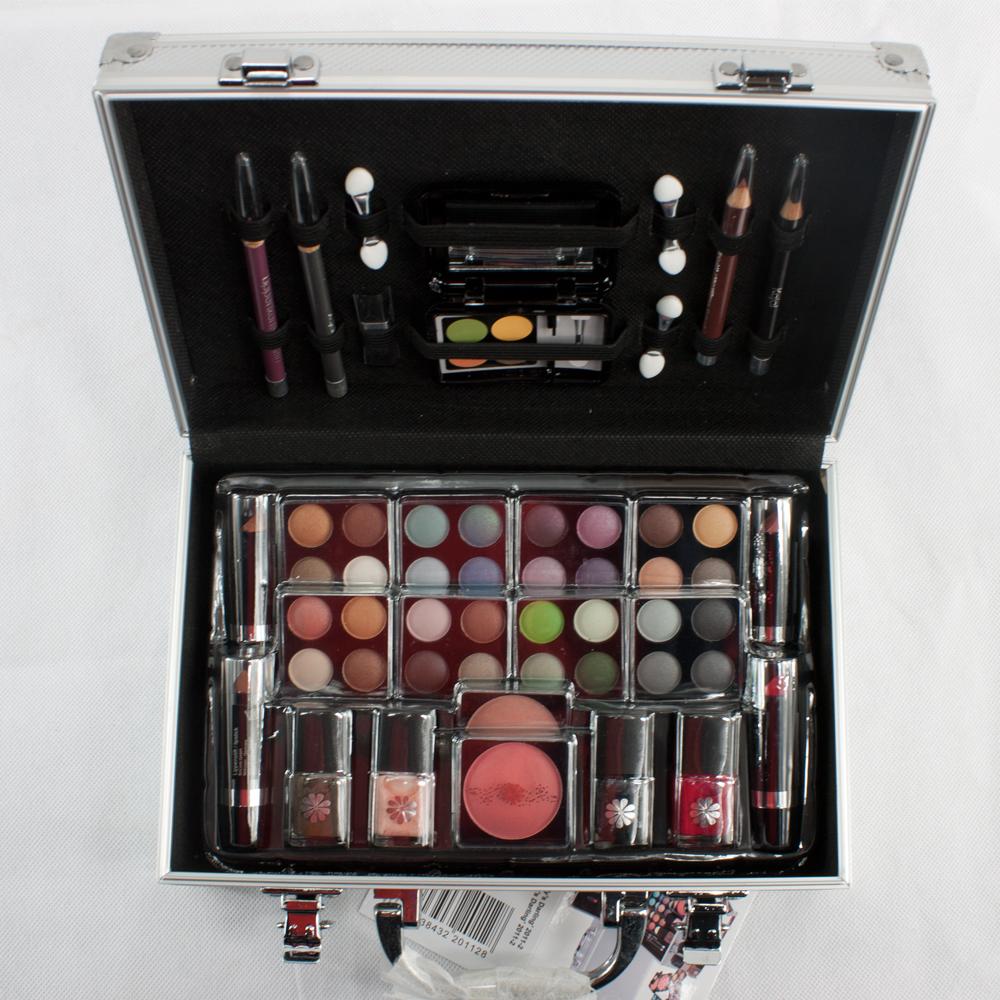 51 teiliges schminkset schminkkoffer alu design make up kosmetik set schminke ebay. Black Bedroom Furniture Sets. Home Design Ideas